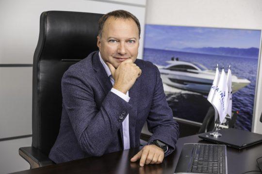 Интервью с CEO Fairline Russia Андреем Ломакиным для Ведомостей