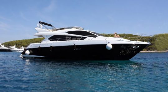 Яхта Sunseeker Manhattan 63 | ID: 14325