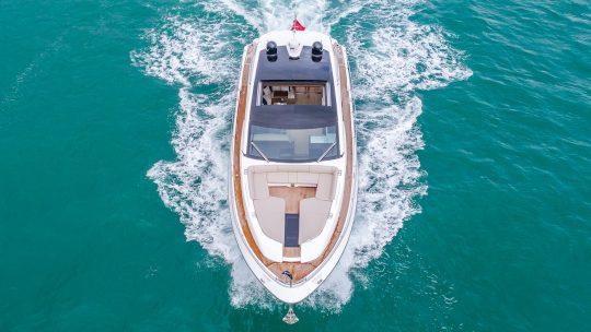 Targa 65 и Squadron 68 – новые названия яхт