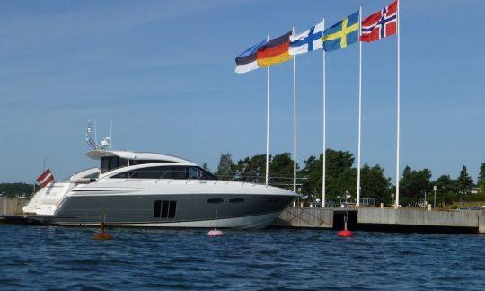 Яхта Princess V52 | ID: 17272