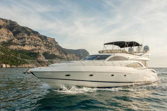 Яхта Sunseeker Manhattan 74 | ID: 18255