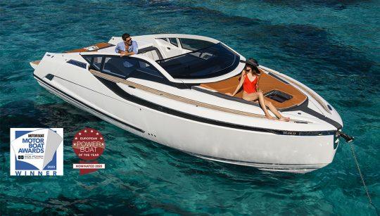 F//Line 33 – победитель премии Motorboat & Yachting!