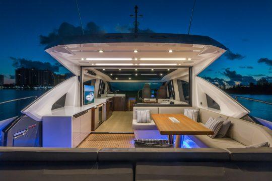 Яхта как дом: можно ли жить на яхте и как переехать